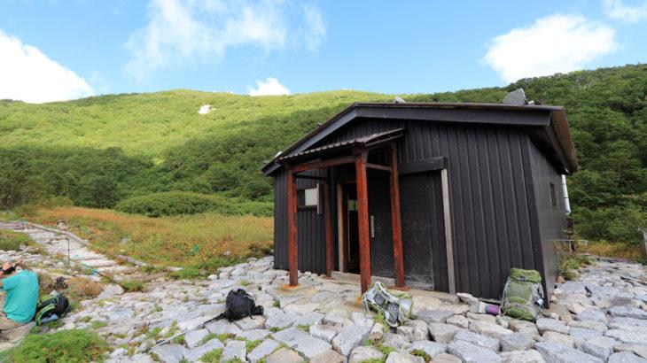 空木岳避難小屋