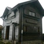 高松岳山頂避難小屋