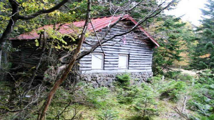 七色平避難小屋